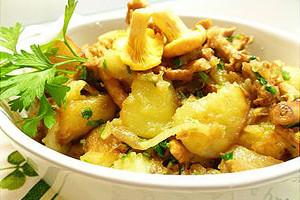 Картошка с лисичками