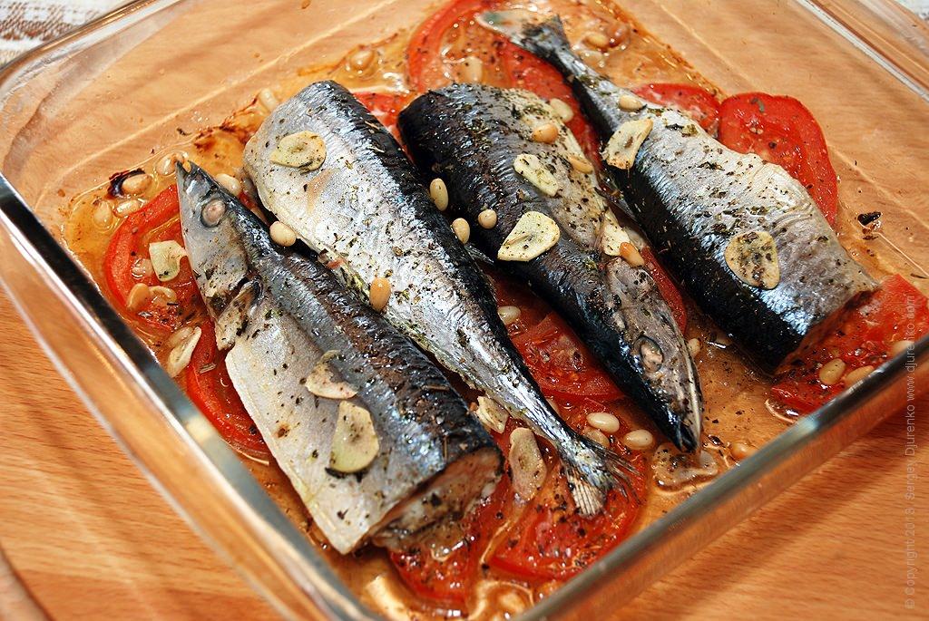 И если даже взять одну из тем, как у нас сегодня — запеченная рыба, то столько нашлось достойных блюд!.