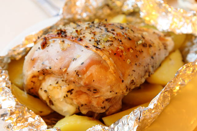 Филе индейки в фольге в духовке с картошкой рецепт