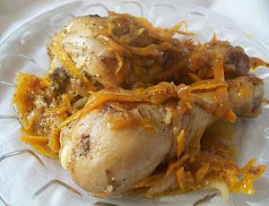 Курица с морковью и луком в духовке