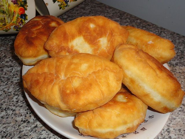 Пирожки на кефире в духовке духовке с