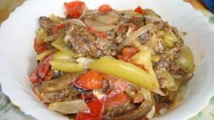 Овощное рагу приготовленное в духовке