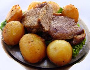 Стейк с картошкой
