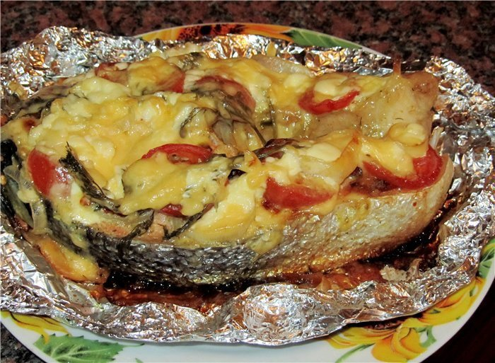 Рыба в фольге в духовке с помидорами рецепт пошагово