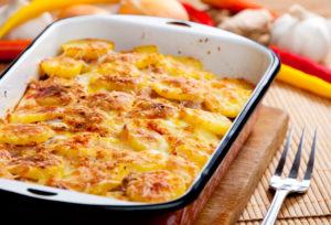 картошка в молоке и сыре