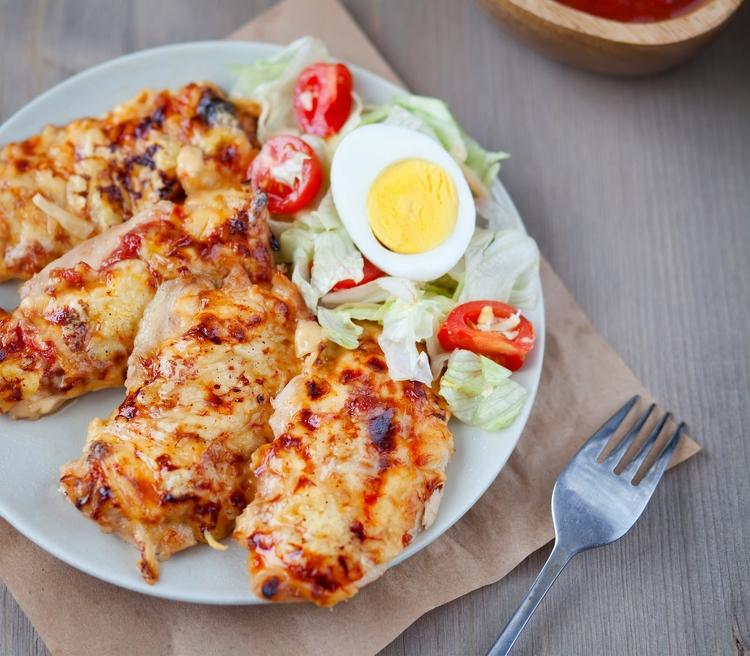 Куриное филе под сырной корочкой в духовке
