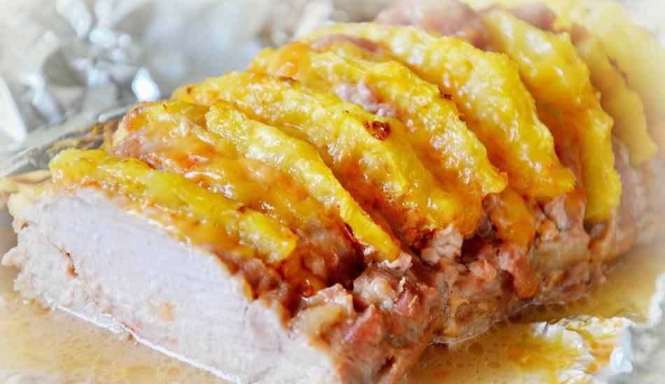 Говядина с ананасами в духовкеы