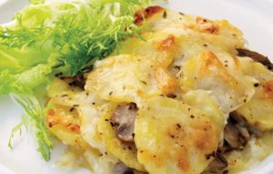 мясо грибы и картошка в духовке