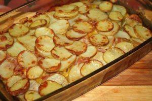 кабачки с картошкой и беконом