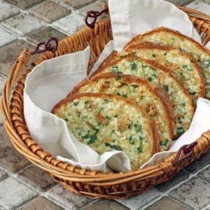 Хлеб с чесноком в духовке